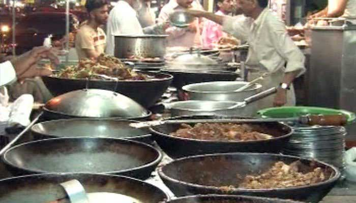Sindh Food Authority seals several eateries, bakeries around Karachi